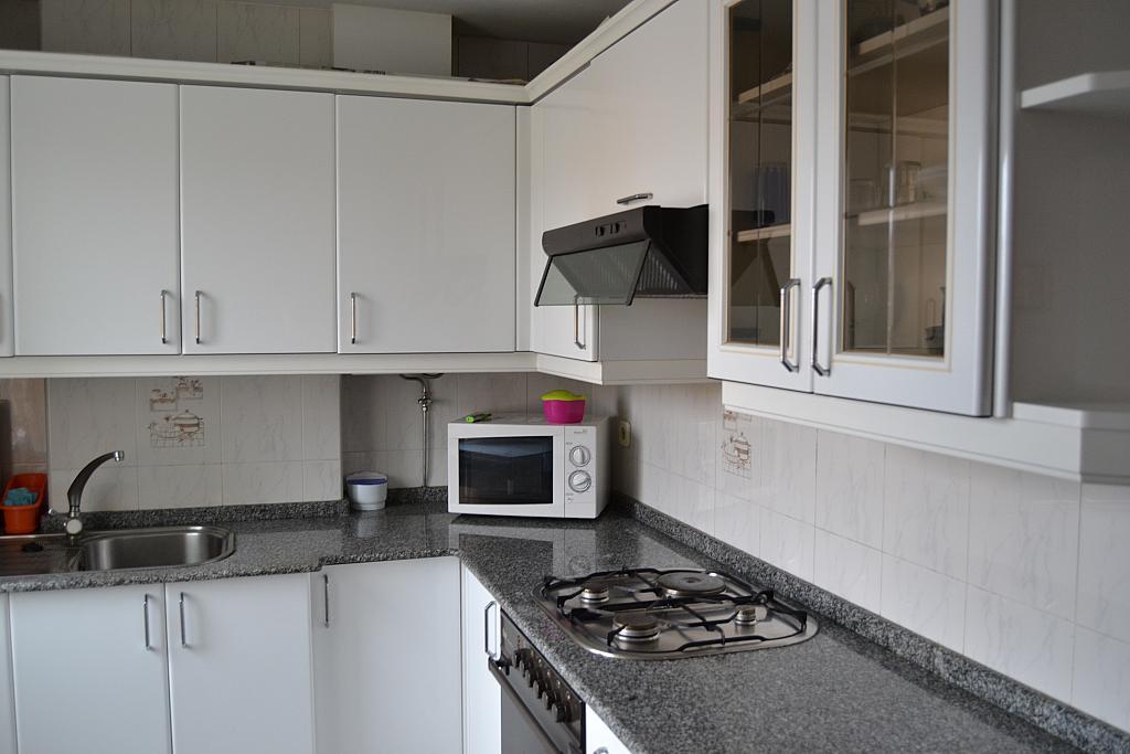 Piso en alquiler en calle Fontenova, Laracha (A) - 264439426