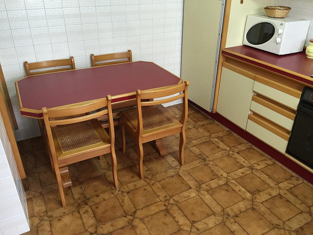 Piso en alquiler en calle Ángel del Castillo López, Arteixo - 278573644