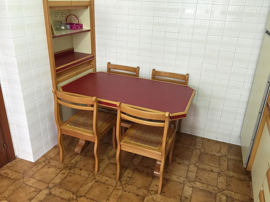 Piso en alquiler en calle Ángel del Castillo López, Arteixo - 278573647