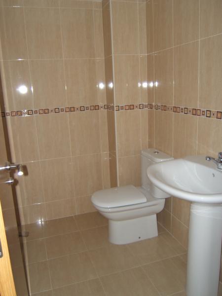 Baño - Local comercial en alquiler en calle Finisterre, Arteixo - 117103236