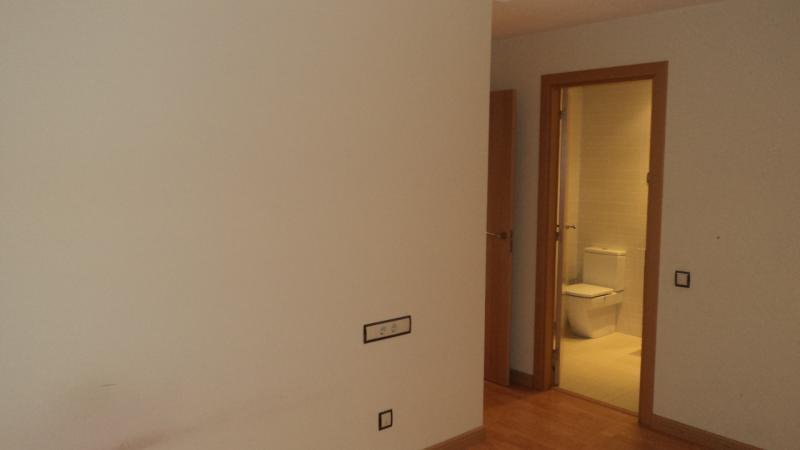 Piso en alquiler en calle Poblet, Sant Ramon-La Maternitat en Barcelona - 104659248
