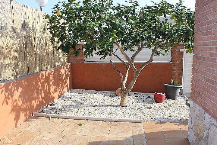 Chalet en alquiler en Riera de Gaià, La - 323057684