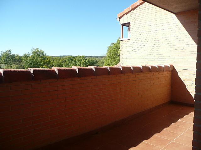 Terraza - Casa pareada en alquiler opción compra en calle Francisco Valiño, Valdemorillo - 217452711