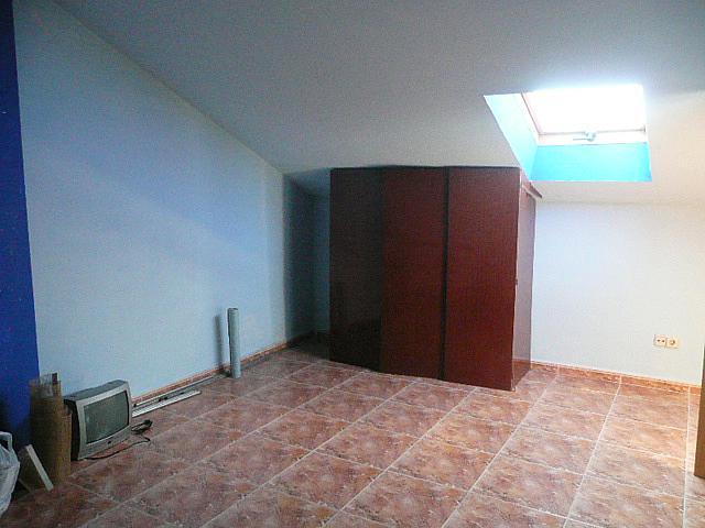 Buhardilla - Casa pareada en alquiler opción compra en calle Francisco Valiño, Valdemorillo - 217452727