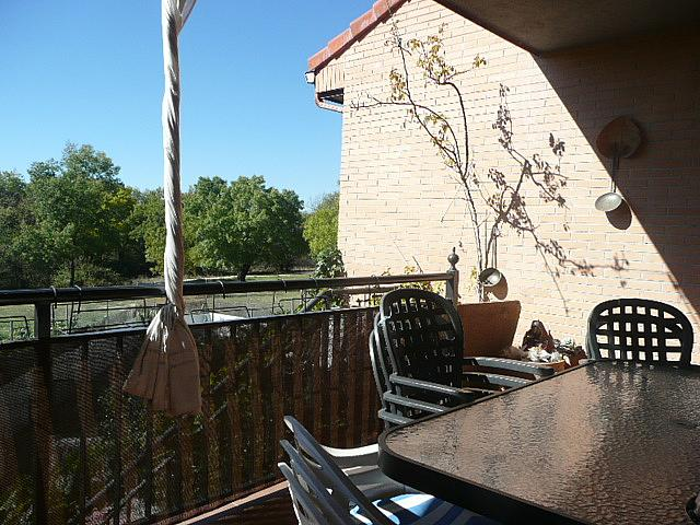 Terraza - Casa pareada en alquiler opción compra en calle Francisco Valiño, Valdemorillo - 217452739