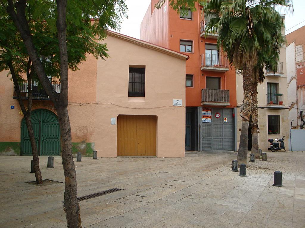 Local en alquiler en plaza De Santes Creus, Horta en Barcelona - 222242136