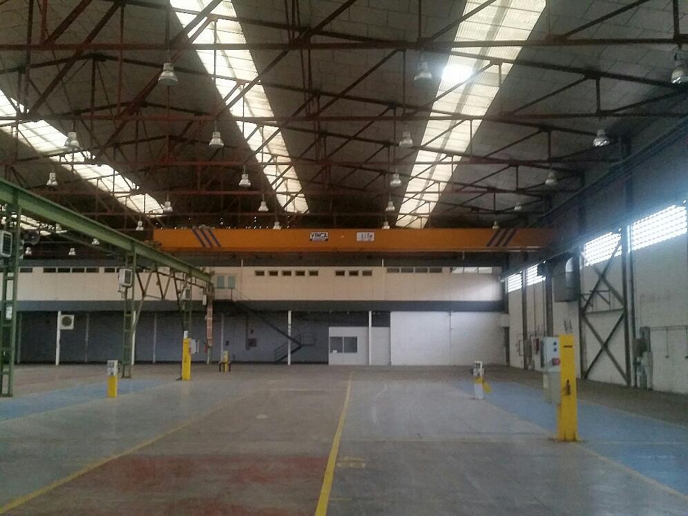 Nave industrial en alquiler en calle Llevant, Parets del Vallès - 260956119