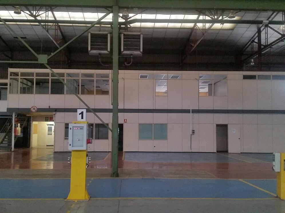Nave industrial en alquiler en calle Llevant, Parets del Vallès - 260956122