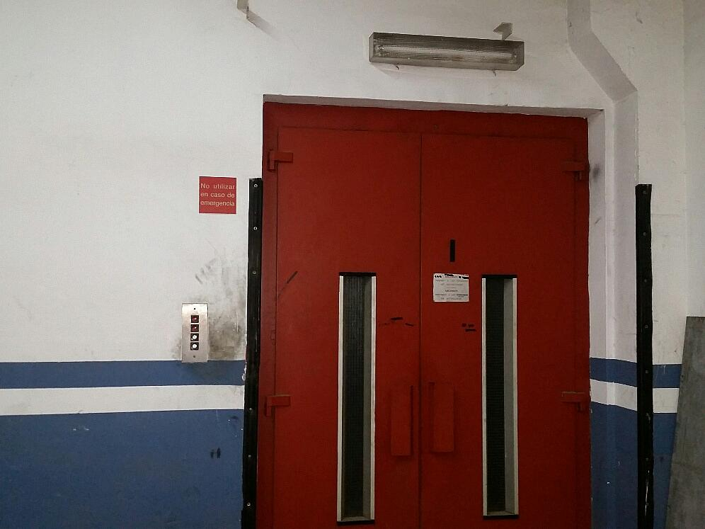 Nave industrial en alquiler en calle Tucuman, Bon Pastor en Barcelona - 265780597
