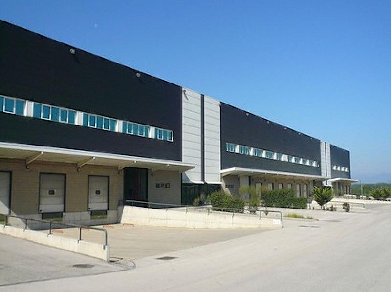 Nave industrial en alquiler en calle Pirineus, Celrà - 218929034