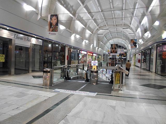 Local comercial en alquiler en El Naranjo-La Serna en Fuenlabrada - 244763412