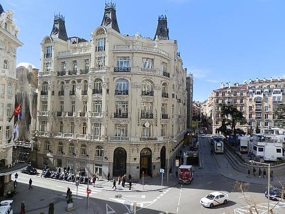 Oficina en alquiler en plaza De Las Cortes, Cortes-Huertas en Madrid - 275084778