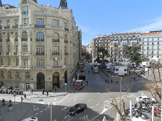 Oficina en alquiler en plaza De Las Cortes, Cortes-Huertas en Madrid - 275084829