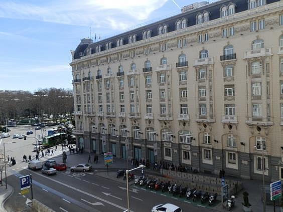Oficina en alquiler en plaza De Las Cortes, Cortes-Huertas en Madrid - 275084859