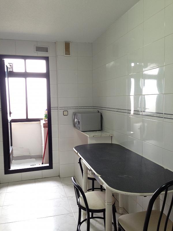 Cocina - Ático en alquiler en calle Albacete, La Avanzada-La Cueva en Fuenlabrada - 355068405