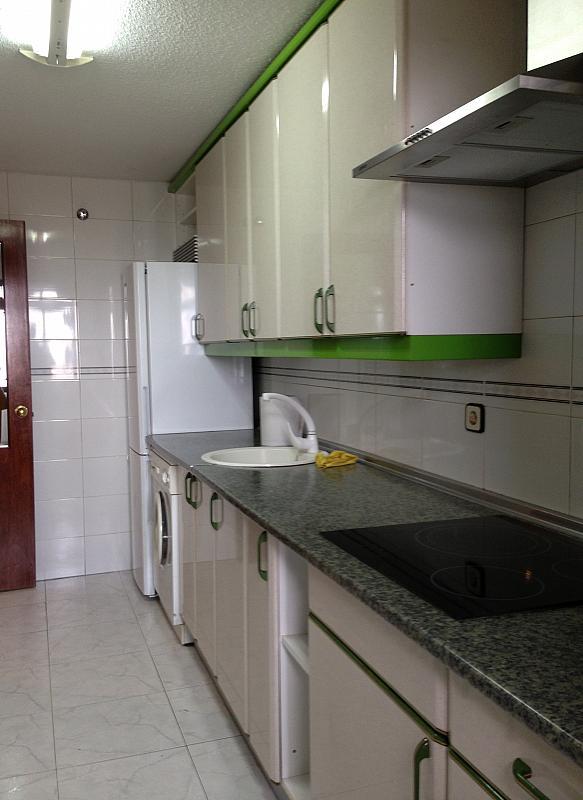 Cocina - Ático en alquiler en calle Albacete, La Avanzada-La Cueva en Fuenlabrada - 355068407