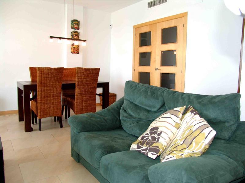 Salón - Apartamento en venta en calle Paseig de la Mar Mediterranea, Maritim en Cubelles - 117342072