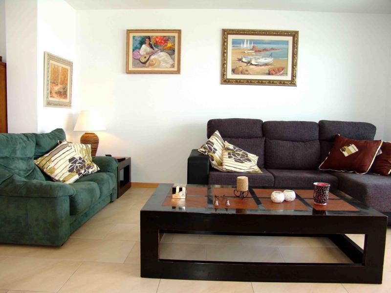 Salón - Apartamento en venta en calle Paseig de la Mar Mediterranea, Maritim en Cubelles - 117342073