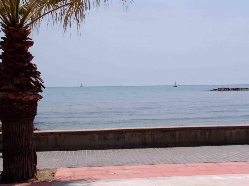 Vistas - Apartamento en venta en calle Paseig de la Mar Mediterranea, Maritim en Cubelles - 117342093