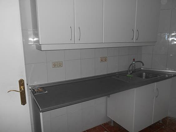 Piso en alquiler en calle General Martin Cerezo, Opañel en Madrid - 330983316