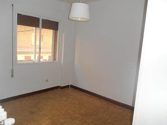 Piso en alquiler en calle General Martin Cerezo, Opañel en Madrid - 330983331