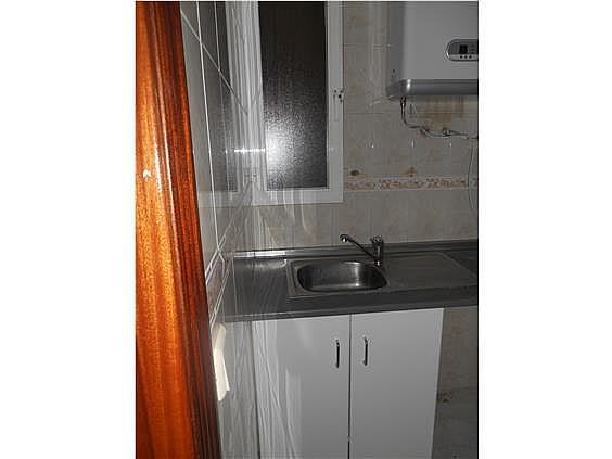 Piso en alquiler en calle De Valladolid, Moncloa en Madrid - 330983511