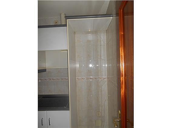 Piso en alquiler en calle De Valladolid, Moncloa en Madrid - 330983517