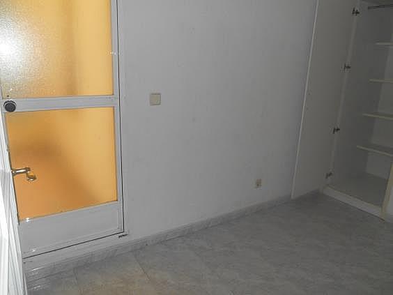 Piso en alquiler en calle De Valladolid, Moncloa en Madrid - 330983526