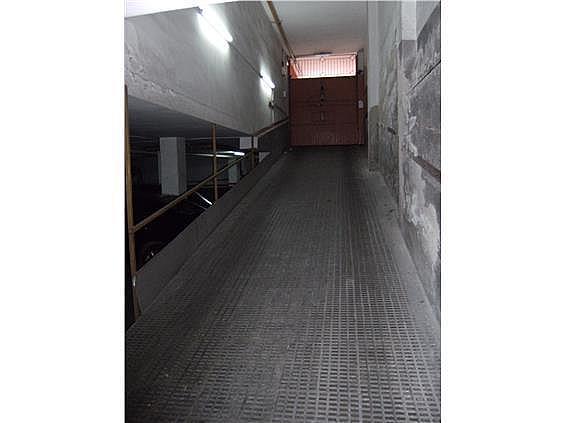 Parking en alquiler en calle Ruiz de Padron, Sant martí en Barcelona - 217427395