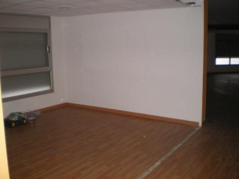 Local en alquiler en calle Enric Granados, Barbera del Vallès - 31626801