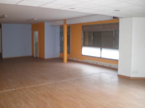 Local en alquiler en calle Enric Granados, Barbera del Vallès - 31626808