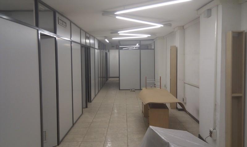 Local comercial en alquiler en calle Pere Sanfeliu, Barbera del Vallès - 122985699