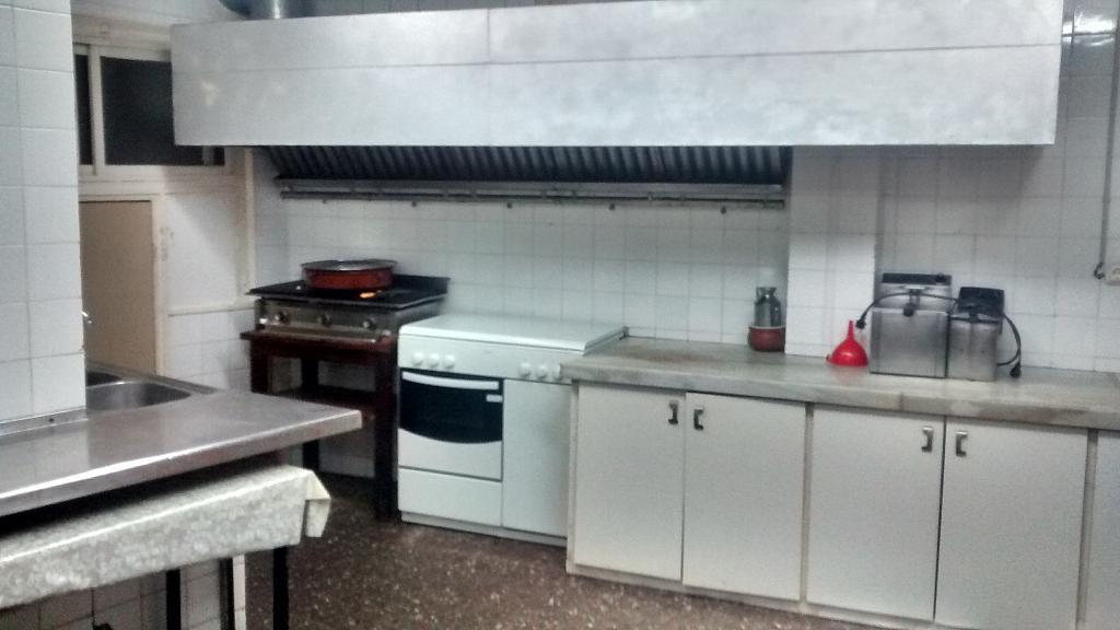 Bar en alquiler en calle Enric Granados, Ensanche Centro en Barbera del Vallès - 204637398