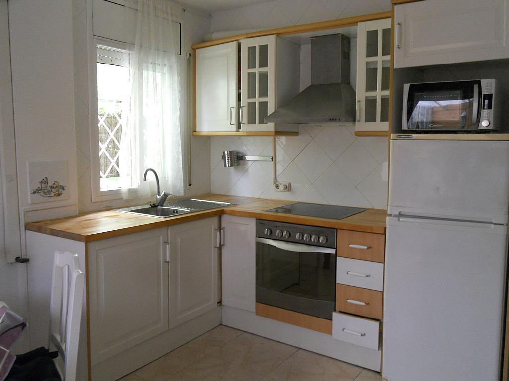 Bajo en alquiler en calle Zaragoza, Sant salvador en Coma-Ruga - 323964094