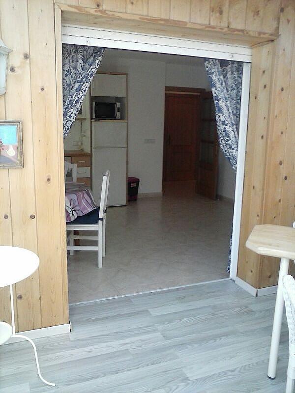 Bajo en alquiler en calle Zaragoza, Sant salvador en Coma-Ruga - 323964148