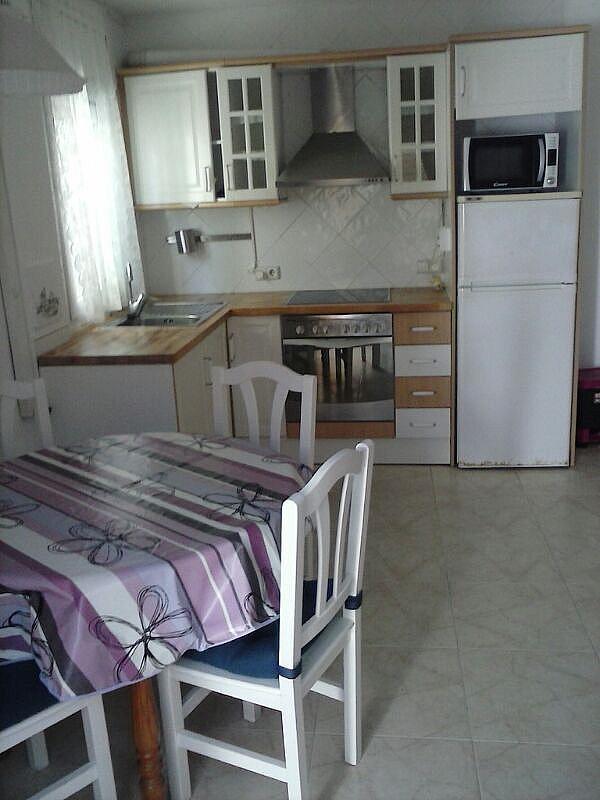 Bajo en alquiler en calle Zaragoza, Sant salvador en Coma-Ruga - 323964150