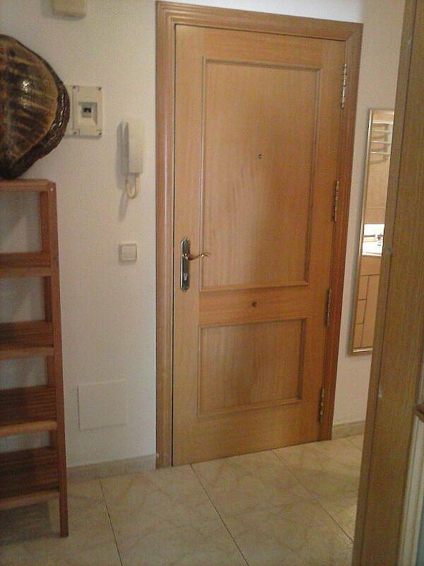 Bajo en alquiler en calle Zaragoza, Sant salvador en Coma-Ruga - 323964152