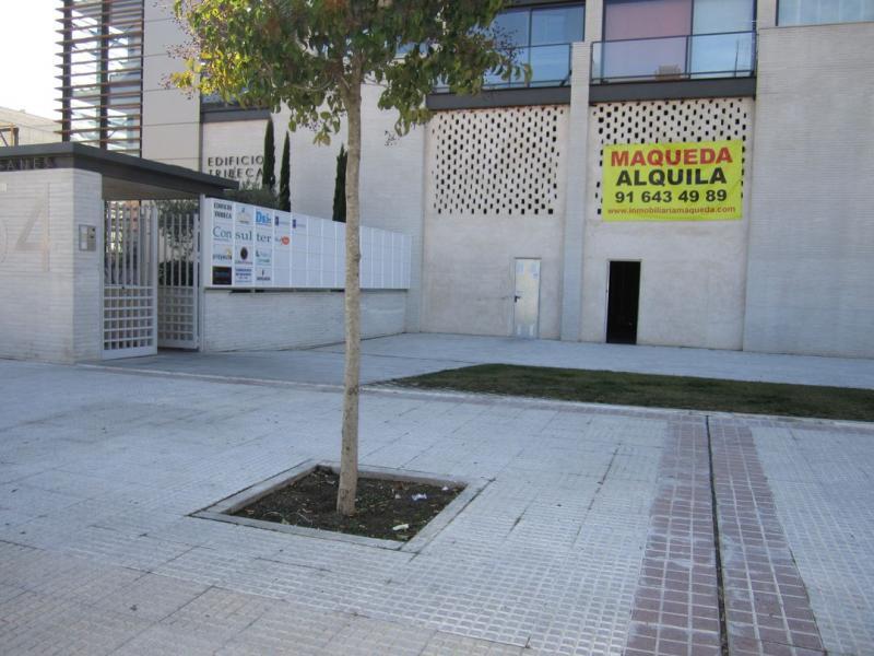 Local comercial en alquiler en calle De Leganés, Ondarreta-Las Retamas-Parque Oeste en Alcorcón - 73213281
