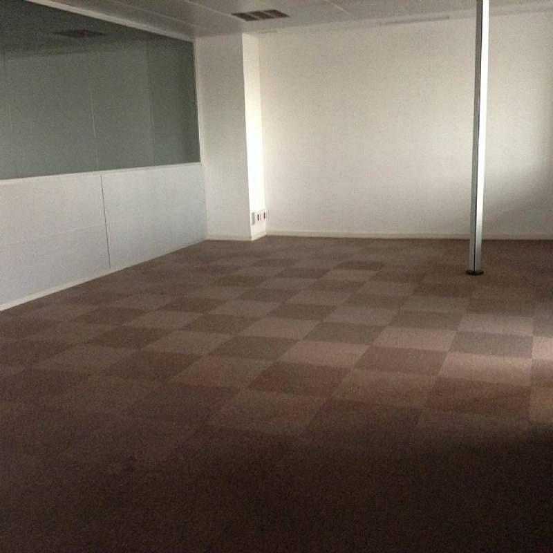 Local comercial en alquiler en Esplugues de Llobregat - 358462360