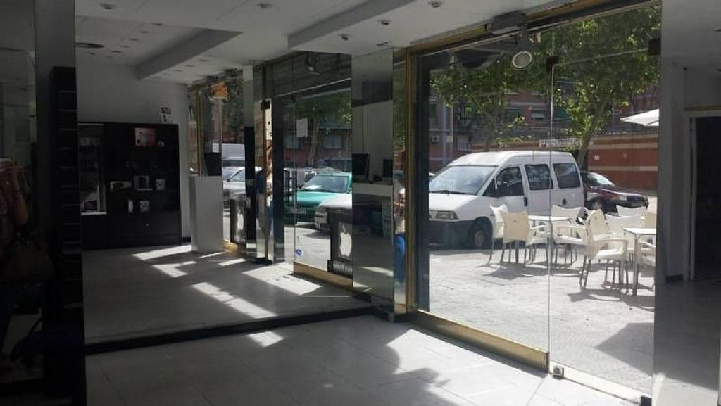 Local comercial en alquiler en Cornellà de Llobregat - 358462372
