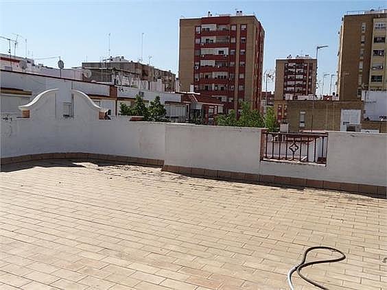 Terraza privada para las 2 oficinas del edificio - Oficina en alquiler en calle Lopez de Legazpi, San José en Sevilla - 279759165