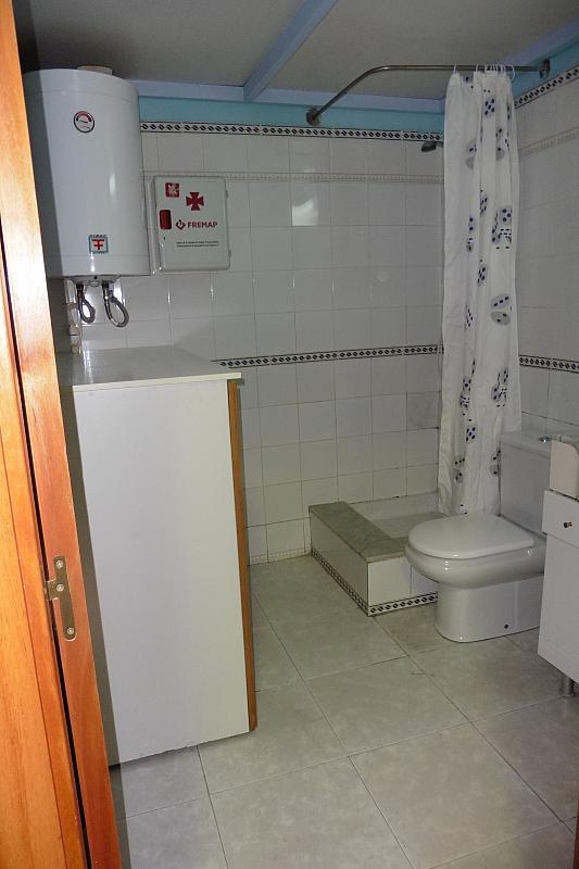 Local en alquiler en calle Carlos Linde, Montmeló - 316039551