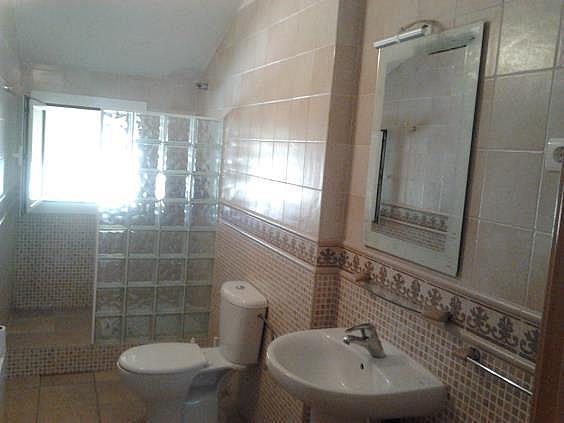Casa en alquiler en Sant Vicenç dels Horts - 323381209