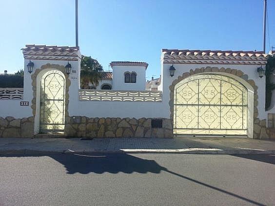 Casa en alquiler en Mont-Roig del Camp - 324584578
