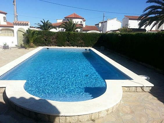 Casa en alquiler en Mont-Roig del Camp - 324584605