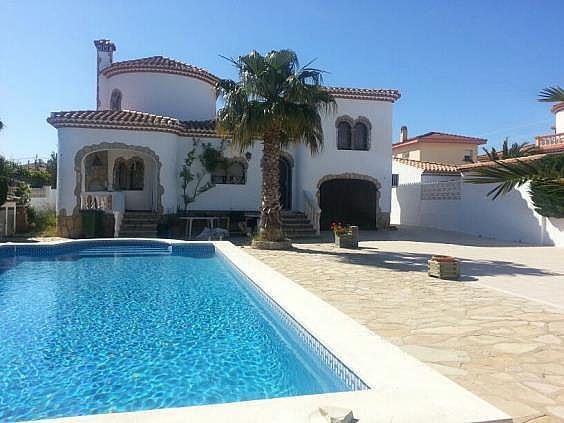 Casa en alquiler en Mont-Roig del Camp - 324584614