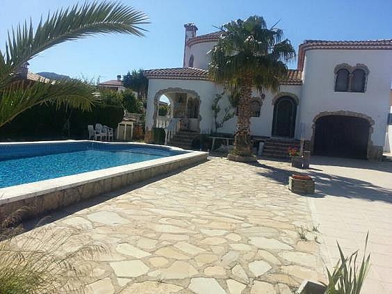 Casa en alquiler en Mont-Roig del Camp - 324584620