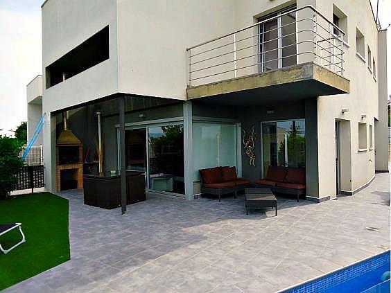 Casa en alquiler en Vilafranca del Penedès - 330970714
