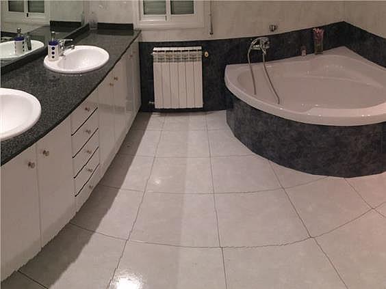 Casa en alquiler en Cervelló - 331779568