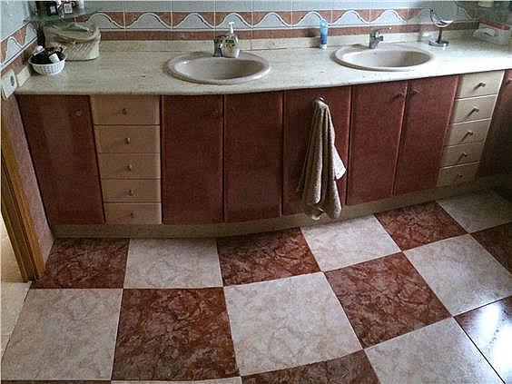 Casa en alquiler en Cervelló - 331779616